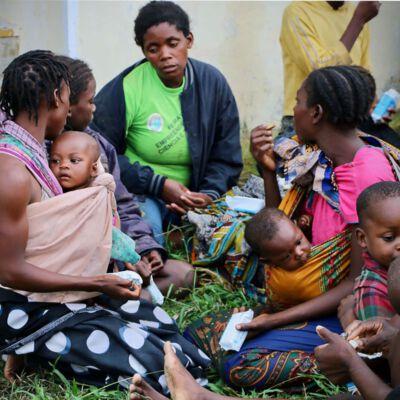 Überlebende des Zyklons in Mosambik