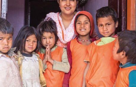 Kinder aus den Ziegelfabriken Nepals