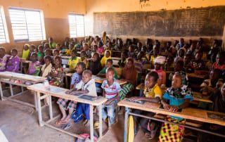 Schulen wie diese öffentliche Volksschule sind den Terroristen ein Dorn im Auge.