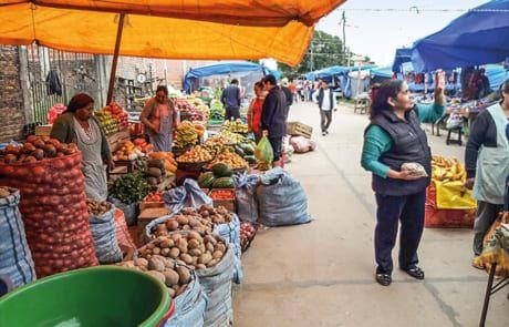 Straßenmarkt in Bolivien