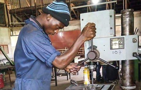 Nigerianischer Schlosser