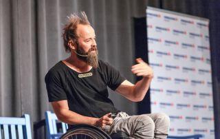 Thomas Geierspichler bei einer Rede