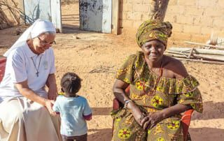 Mariangela, eine Frau und ein Kind