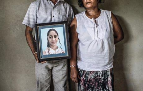 Familie betrauert Tochter, die beim Terroranschlag ihr Leben verlor