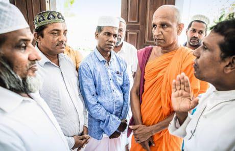 Interreligiöser Dialog soll Spannungen in Sri Lanka entlasten