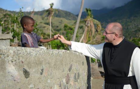 Pater Karl Wallner zu Besuch in Haiti
