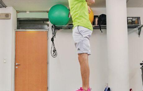 Timon Kahofer beim Trainieren