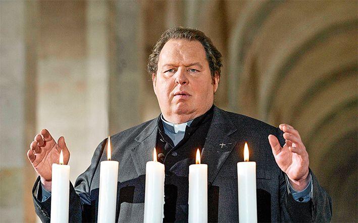 Ottfried Fischer in der Kirche