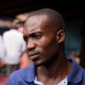 Hafenarbeiter am Victoriasee in Uganda