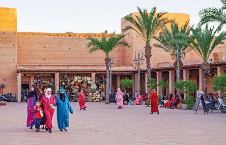 Ein ethnisch und kulturell vielfältiges Land. In Marokko leben Araber, Berber und die dunkelhäutigen Nachfahren der Haratin, ehemaliger Sklaven aus Mauretanien, so wie hier in der Hafenstadt Essaouira an der Atlantikküste.