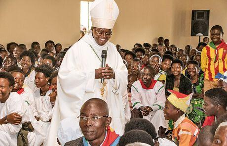 Priester Théogène Niyongira